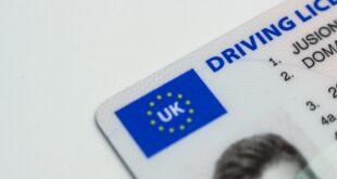 Permis de conduire en plastique de l'Union Européenne. Points du permis de conduire.