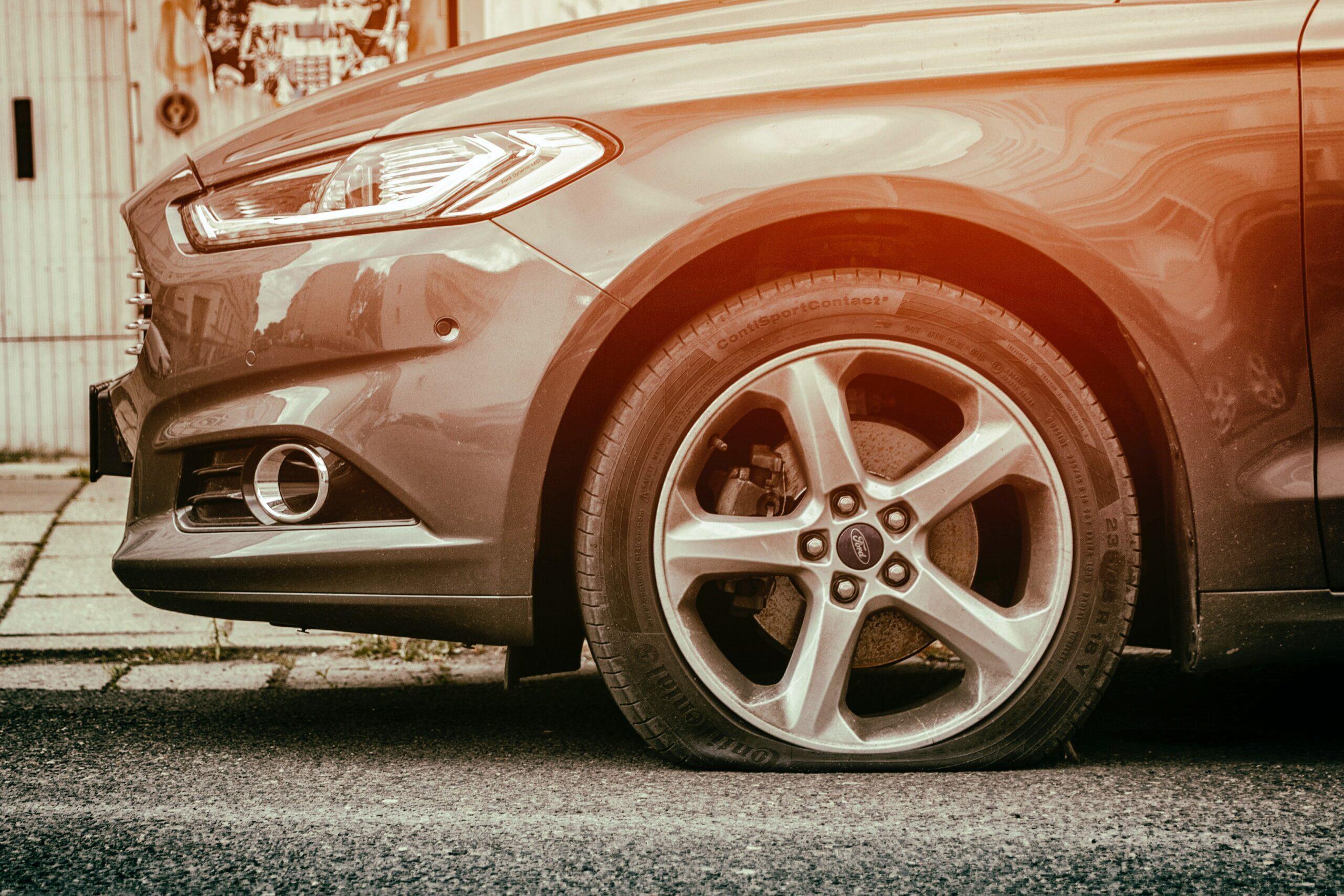 Comment connaître l'usure des pneus ? Pneu monté et dégonflé